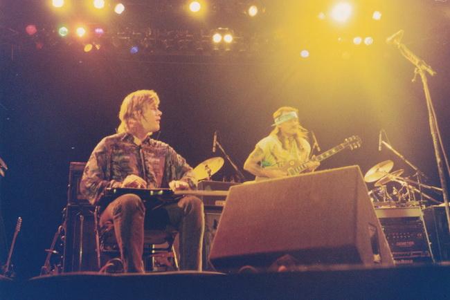 Jeff Healey w- Dickey Betts 1992 © Joe Rockman